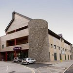 Photo de Premier Inn Caernarfon Hotel