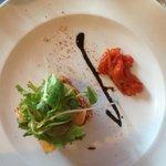 tartare de saumon mi- cuit et St. Jacques