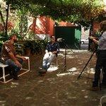 Si registra l'intervista a Simone Pellegrini in cortile