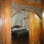 Beautiful wooden doors (Fish Suite)