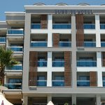 Sunsrise Hotel - 16 rooms with balcony/Terrace View and Sea view