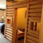 kids cabin room