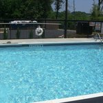 Outdoor Seasonal Pool-Relax with the Family!