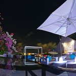 Chandu Bayview Bar & Lounge