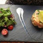 Belle présentation et bonne dégustation pour ce tartare de saumon