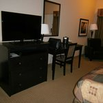 nice tv and desk area