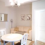The Village House guests reception / breakfast room