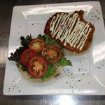Chicken burger with homemade aioli