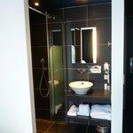 Salle de bain dans une chambre txin.