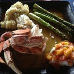 Fresh steamed crab and roasted halibut with aspargus...