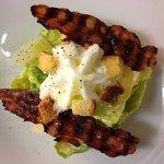Caesar salad con spuma al Parmigiano