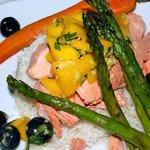 Poached salmon mango salsa