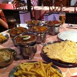 excellent curries and good vegetarian choices