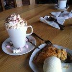 apple pie with ice cream + hot chocolate deluxe