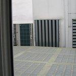 Camera con vista su unità esterne condizionatori