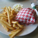 Ross' Restaurant, State Street, Bettendorf: Rossburger Basket