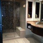 Spa Blue Tower- Beautiful Bathroom