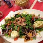Salade de chèvre très copieuse pour une entree