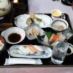 プランの食事(単独注文だと2000円)