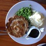 Cliffhanger Steak pie