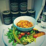 Daily meal of a day: chicken with mild spices and salad