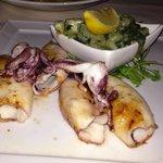 Calamari alla griglia con bietole
