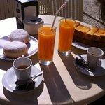 Una colazione da 6 euro da Leitaria da Quinta sotto l'hotel
