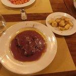 steak with red wine sacue