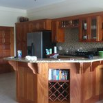 gorgeous kitchen w/ breakfast bar and stainless steel