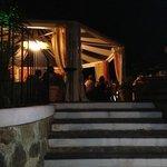 ingresso sala U Zu Peppinu - Lipari 18/8/13 Seby e Tania