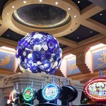Dale Chihuly Meets the Slots
