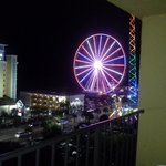 Who doesn't love the SkyWheel at night!