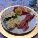 Scrambled Eggs on English Toasting Bread with Bacon