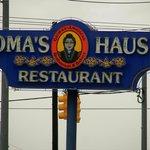 Oma's Haus Restaurant