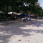 Stranden foran hotellet