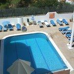 La piscine vue du balcon de notre chambre