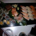 box degustazione! sushi, sashimi nigiri  maki e special maki