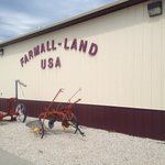 Farmall-Land USA