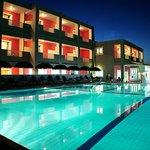 Photo of Dados Hotel