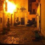 """La piazzetta """"Corte degli Aielli"""" by night"""