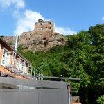 Blick von der Terasse der Alten Mühle Zimmer 401 zur Burg