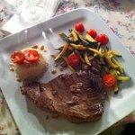 delicious tuna steak!!