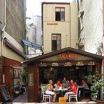 Front Facade From The Street_Ön Cephe