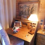 writing desk in room