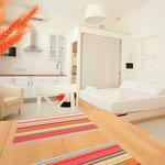Photo de Two Pillows Boutique Hostel