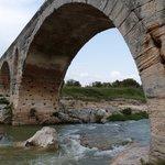 Pont Julien à qq mn du Mas