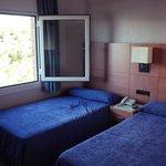 спальня в 208 (с боковым окном)