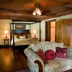 More beautiful than any hotel room in texas! The Plantation Suite is one of our most popular roo