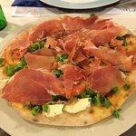 Valokuva: La Vita E Bella Restaurant Y Pizzeria