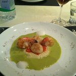 Appetizer-prawn and scallop in pesto sauce